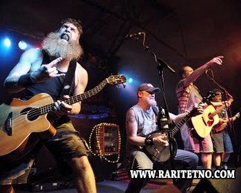 Hayseed Dixie - Ace of Spades (Live) (Video)